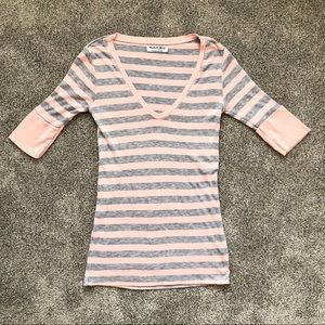 Michael Stars Pink & Gray 3/4 Sleeve V Neck Tee